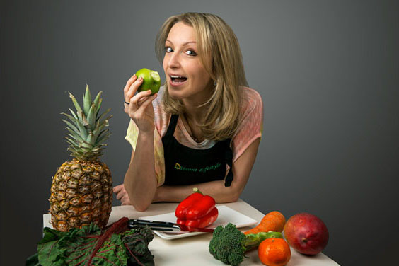 Natalie the owner of Vibrant Lifestyle home of knowledge for parents with picky eaters